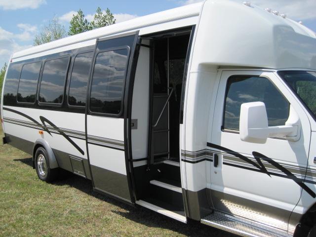 ameritrans 285 door ... & Ameritrans 285 Shuttle Bus passenger door