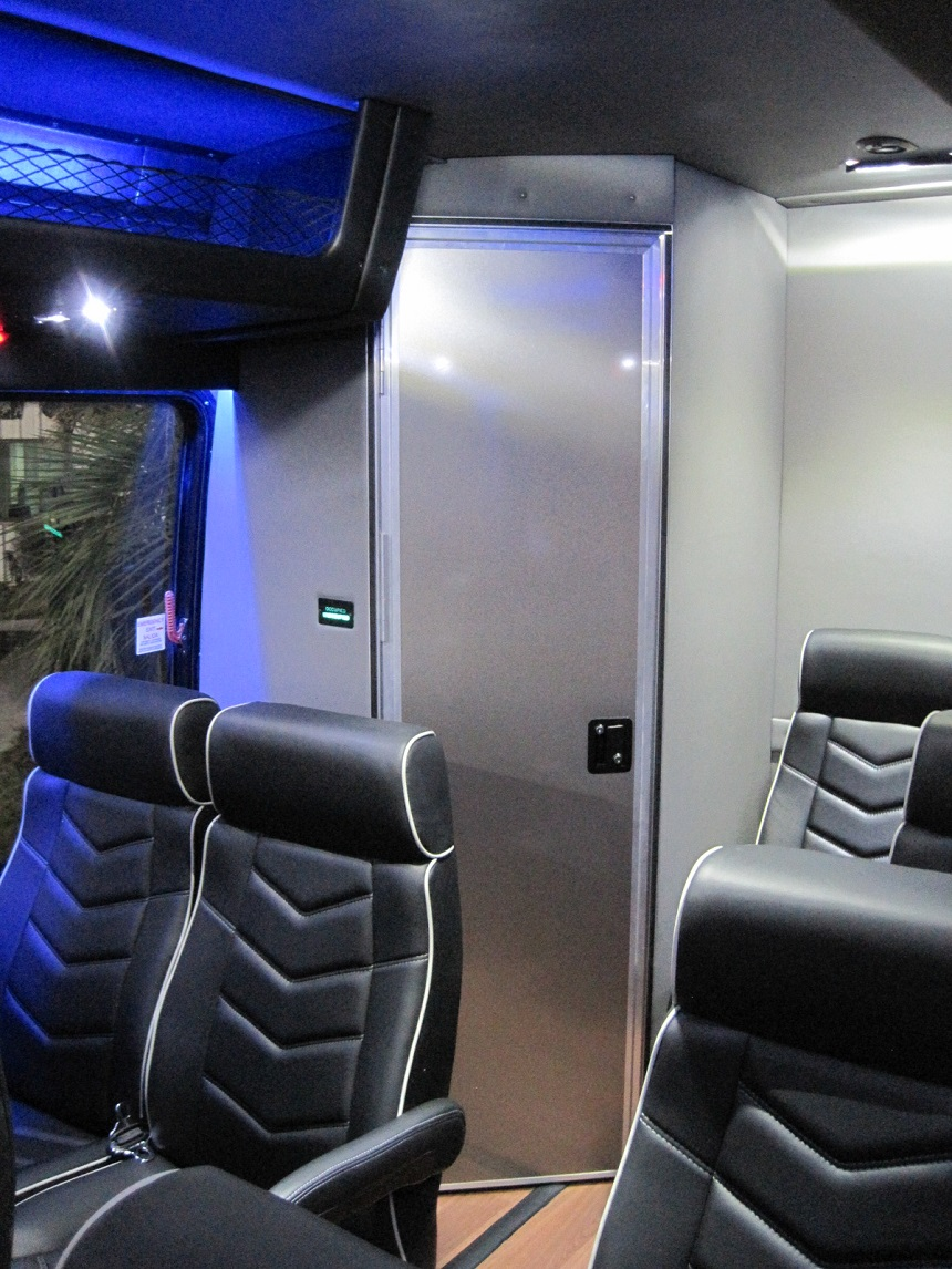 Freightliner M2 Coach Bus with Under Floor Luggage, toilet