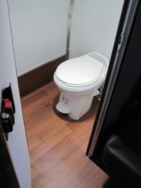 Freightliner M2 Coach Bus With Under Floor Luggage Toilet