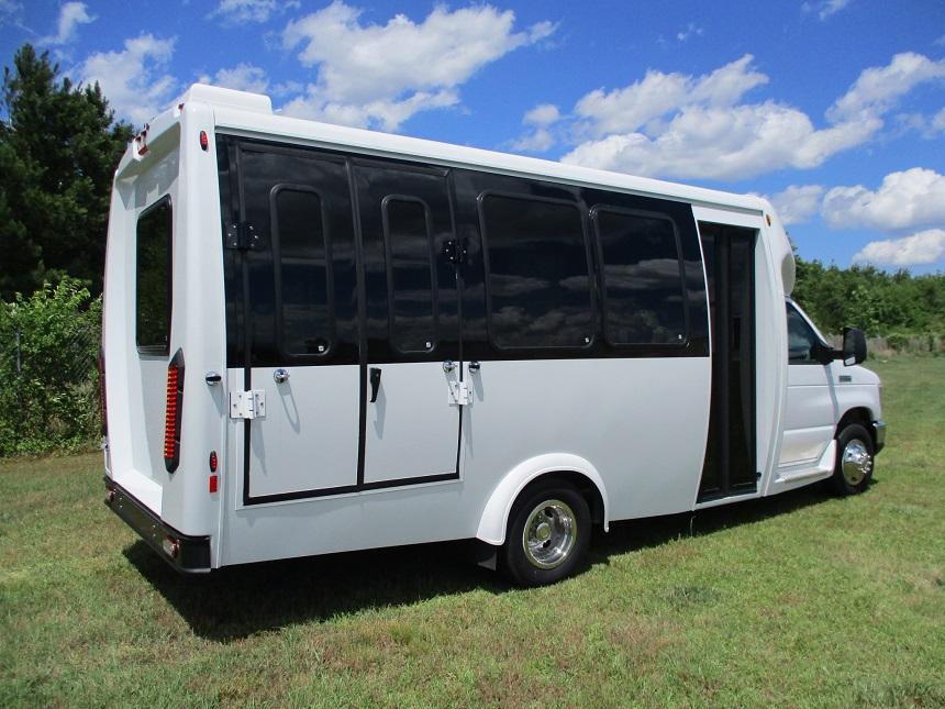 Dult Bus